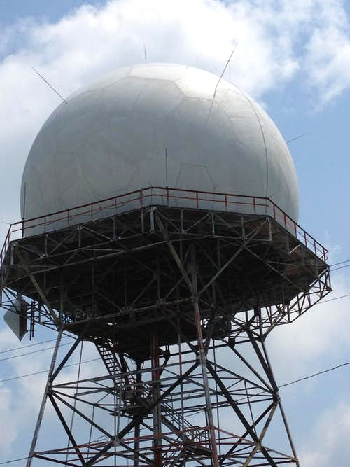 radar near the summit