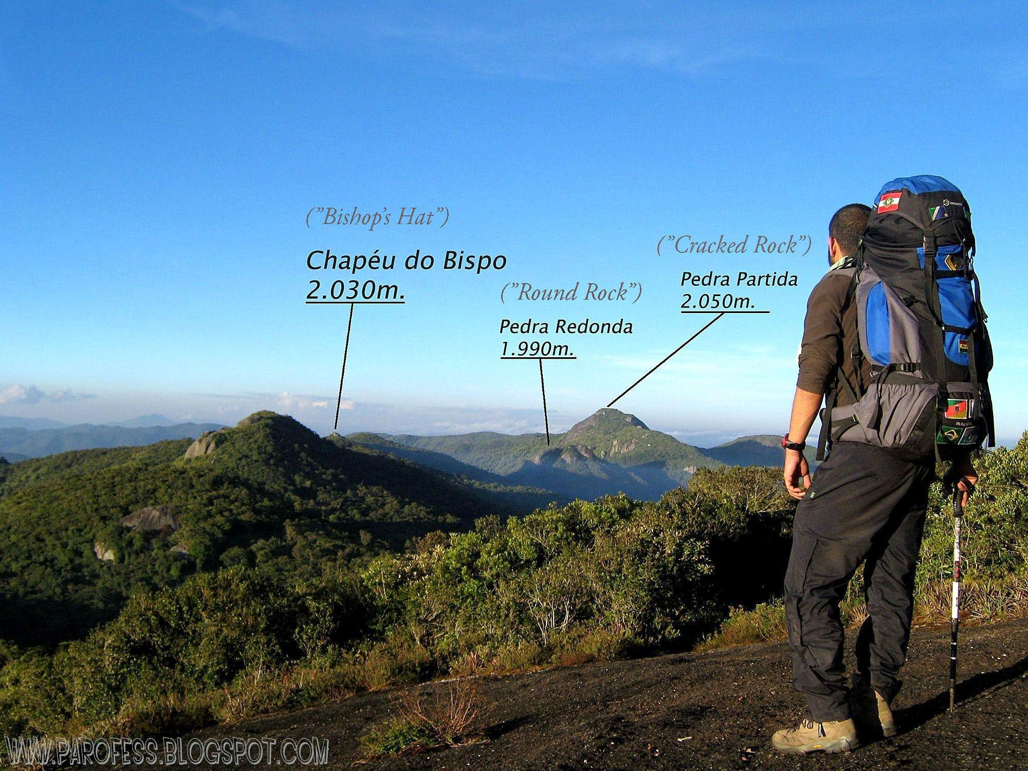 Chapéu do Bispo peak