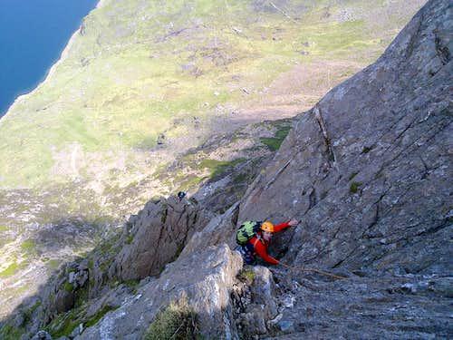 Slanting butress ridge route