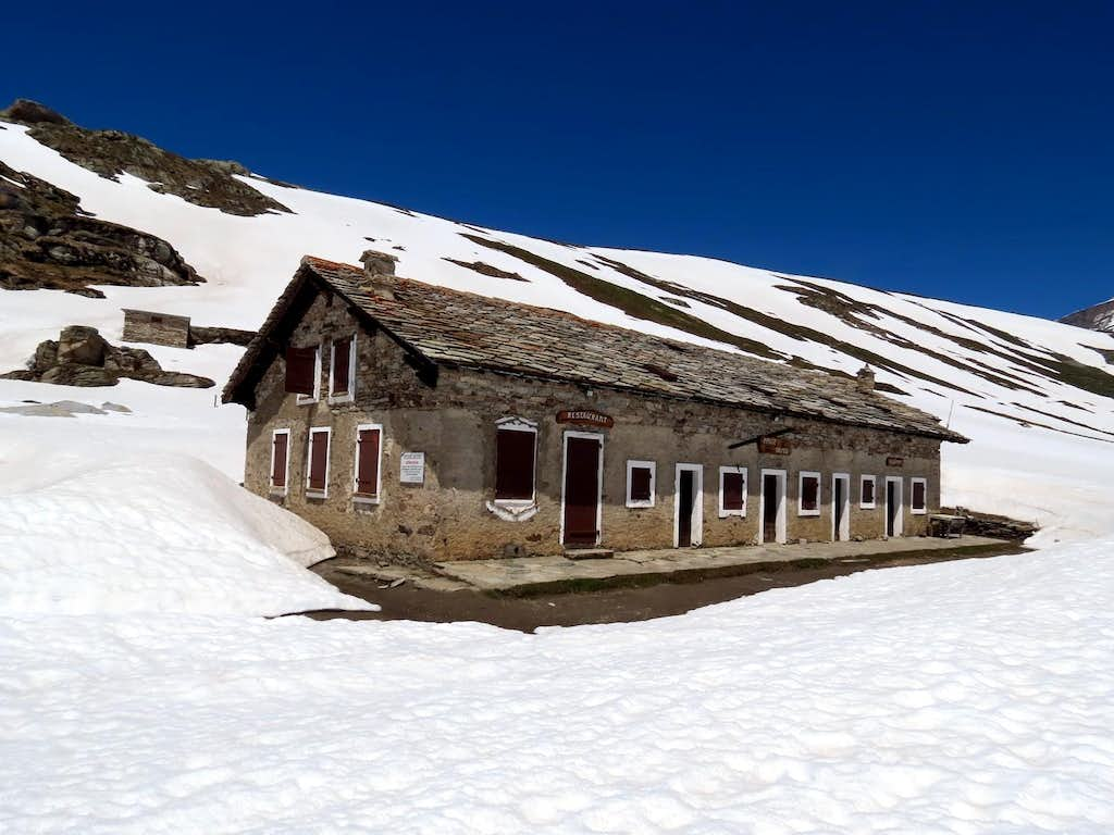 REFUGES in the Aosta Valley