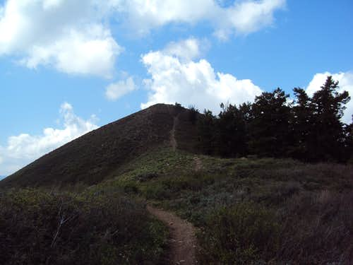 Eyrie Peak 8136