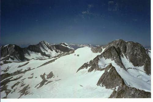 View from the summit to Gran...