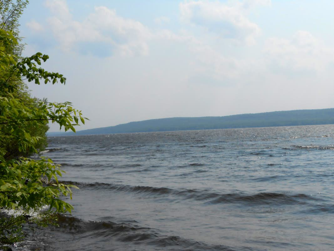 Alligator eye view from the east side of lake gogebic for Lake gogebic fishing report
