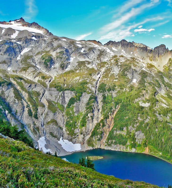Sahale Peak Climb | Northwest Mountain School