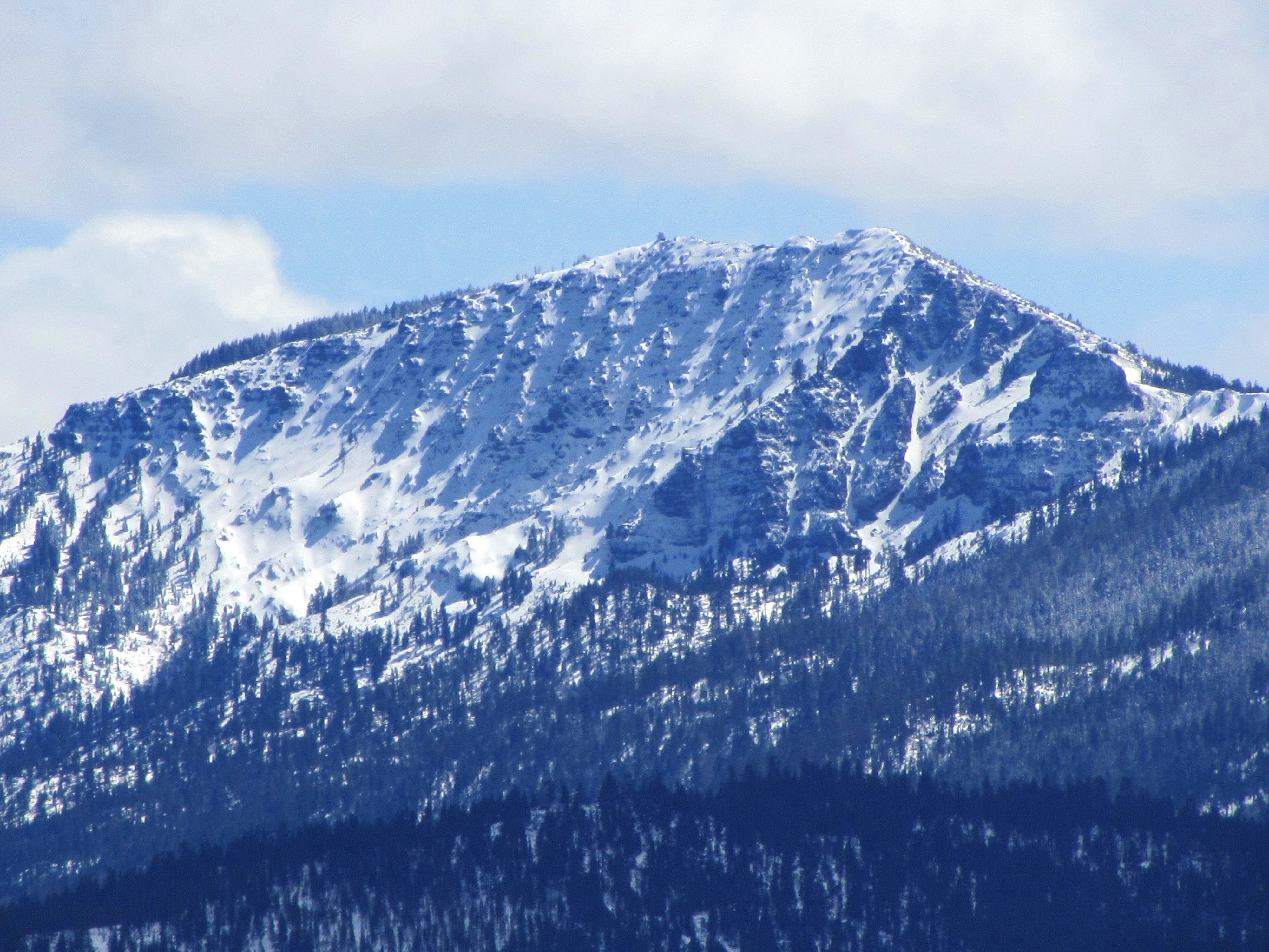 Thompson Peak (Diamond Mountains)
