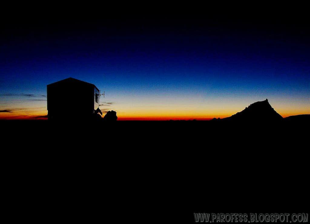 Vallot hut on Mont Blanc