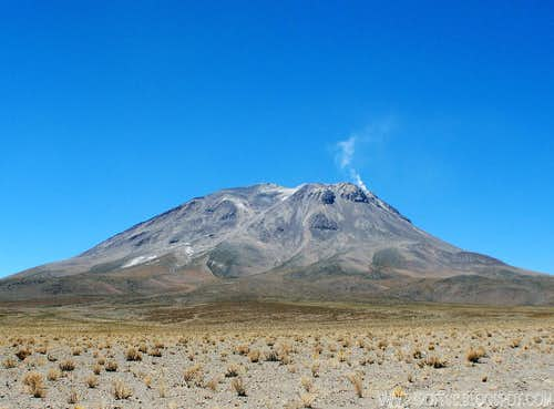 Ollague volcano: 5.865m