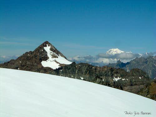 Becca di Luseney and Mont Blanc from Dôme de Cian