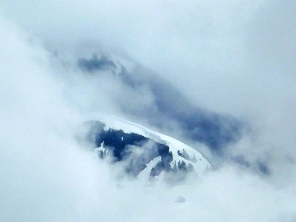 Ridge though the Mist