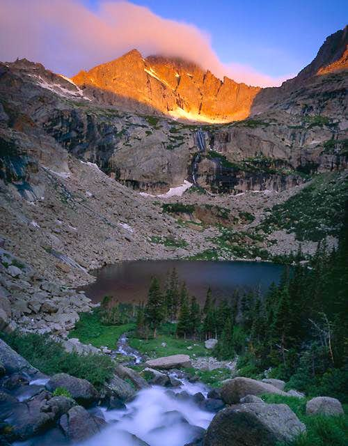 McHenrys Peak at sunrise,...