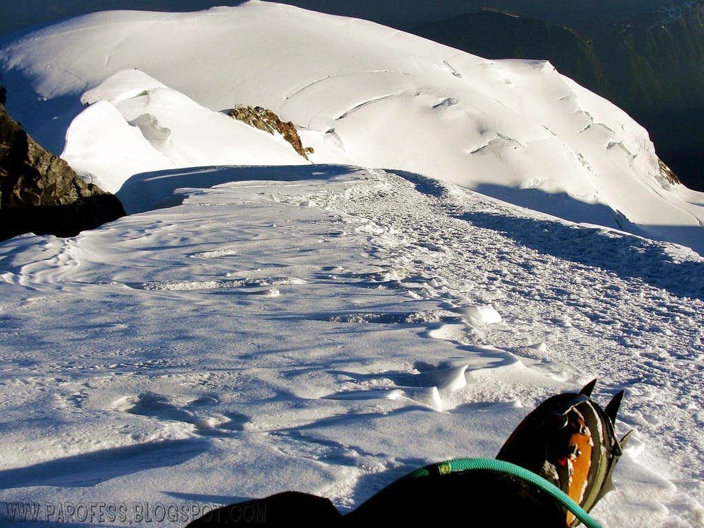Rest before the final push to Mont Blanc summit