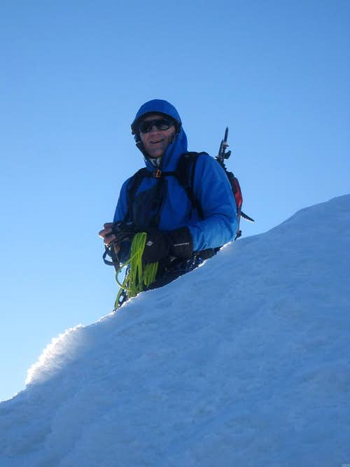 Pierre standing on the west ridge of Uruashraju Norte