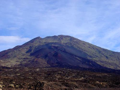 The west face of Pico Viejo...
