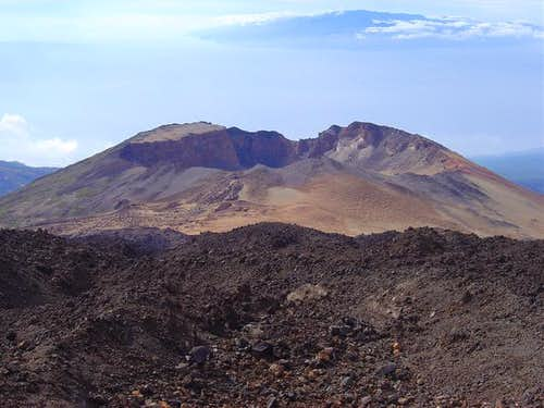 The crater of Pico Viejo...