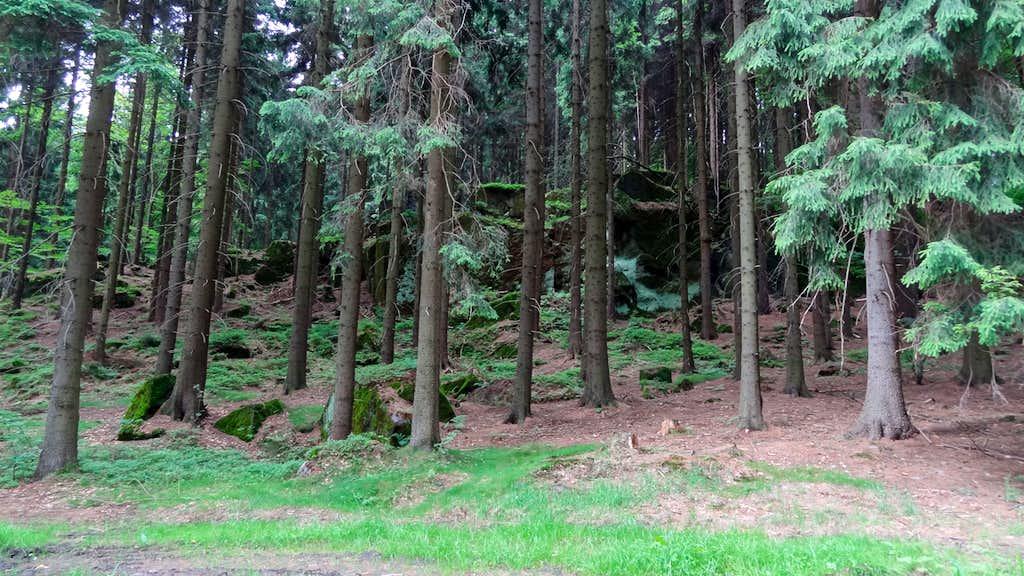 Trail below Strážná hora