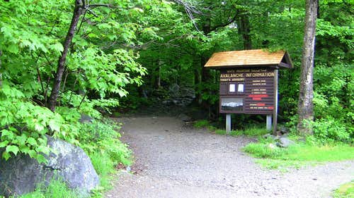 Tuckerman Trail Start