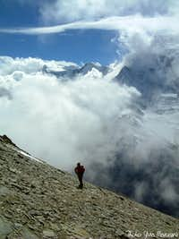 Clouds\' games over Annapurna range