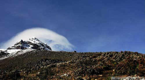 Lenticular over Illiniza Sur