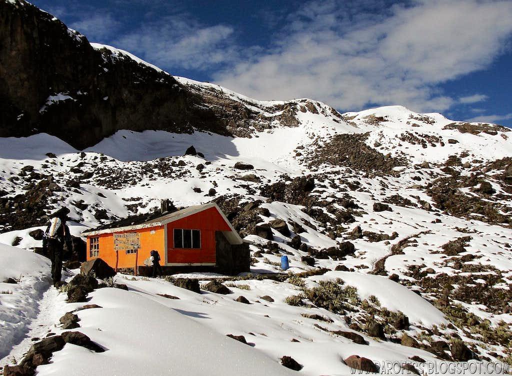 Illinizas hut (4.760 m)