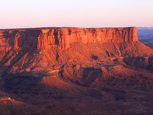 Canyonland Cliffs at Sunset Zoom