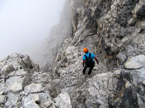 The top of the Y couloir. Not easy to find the right way in the fog.