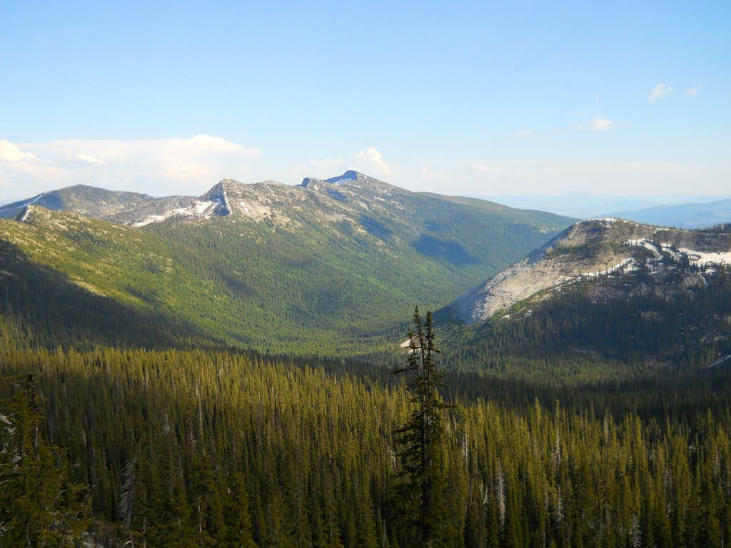 Roman Nose, Pack River Valley and The Beehive