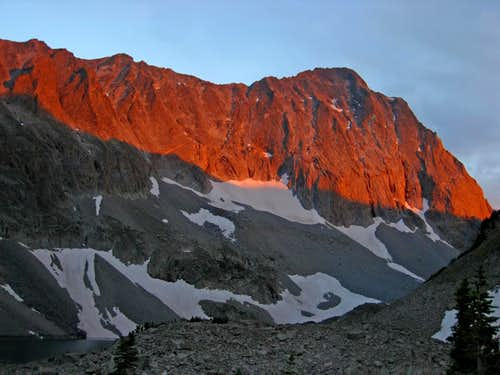 Alpenglow on Capitol Peak