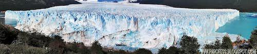 Behold, Perito Moreno front: 5km wide!!!