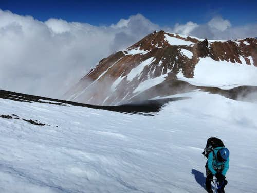 Above the Shasta-Shastina saddle