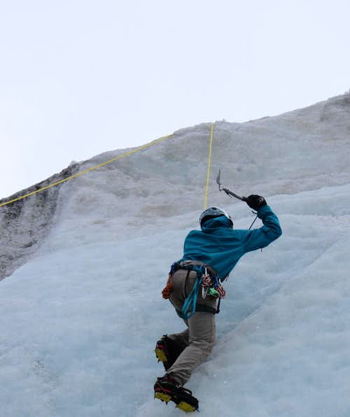 Ice climbing near the Müllerhütte