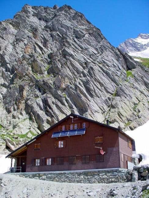 Schreckhorn hut