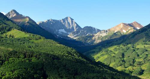 Capitol Peak from trailhead