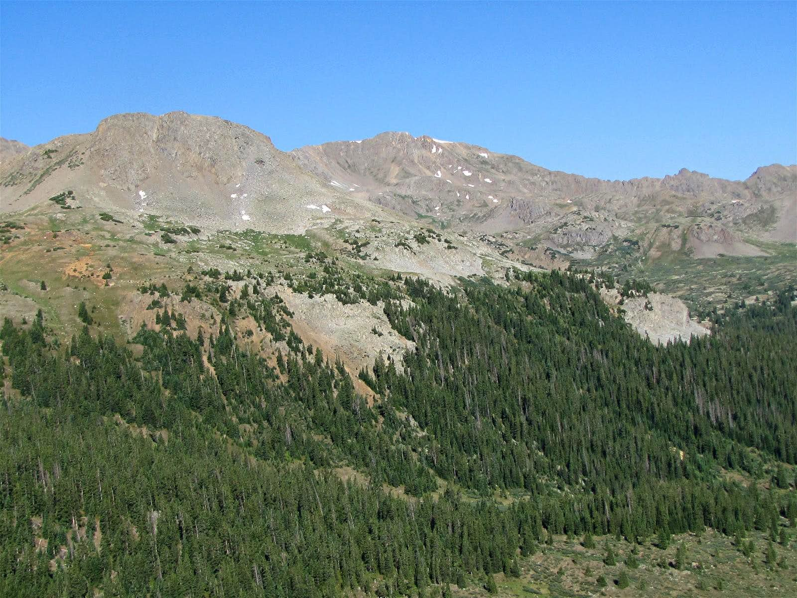 Petroleum Peak (UN 13505 ft)