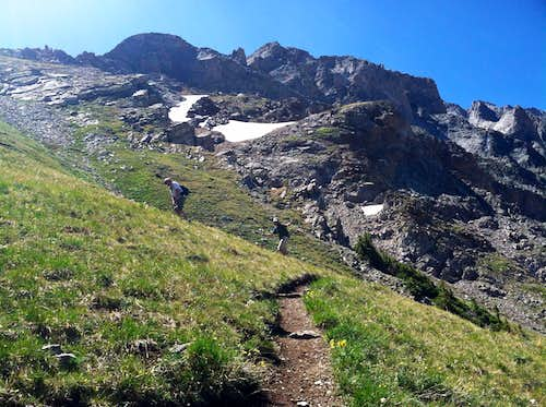 Steep trail above Capitol Lake