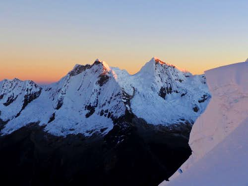 Cordillera Blanca alpenglow