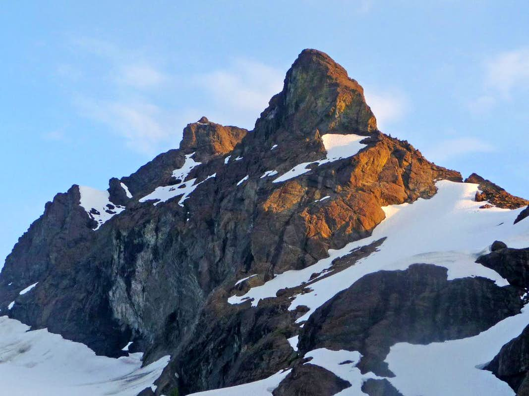 Alpenglow on Crater Mountain