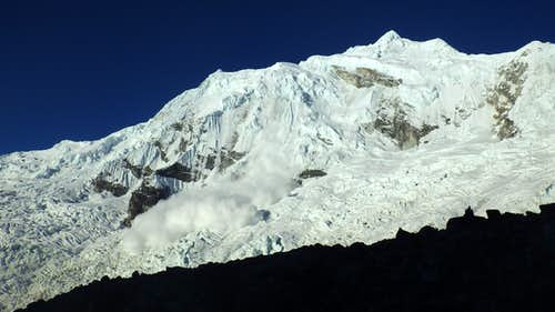 Avalanche on Chopicalqui