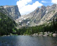 Peaks over Dream Lake
