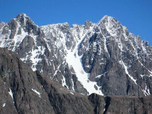 Benign Peak\'s South Face