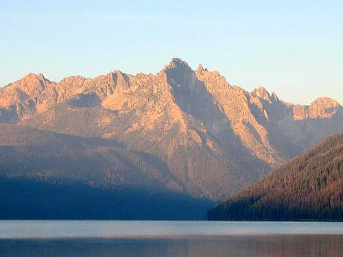 Grand Mogul Alpenglow from Redfish Lake