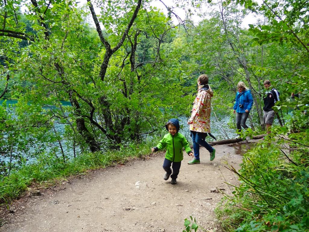 Along Okrugljak lake