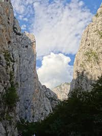 Paklenica walls during the descent