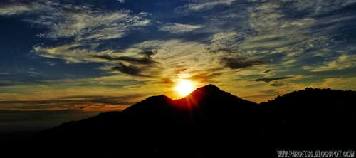 Sunset over Selado Peak