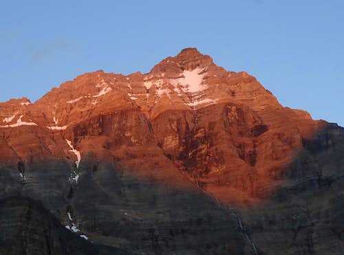 Sunset on Hungabee Mountain\'s NW face