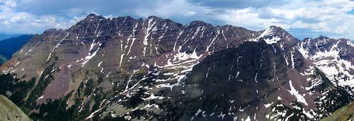 Pyramid Peaks panorama