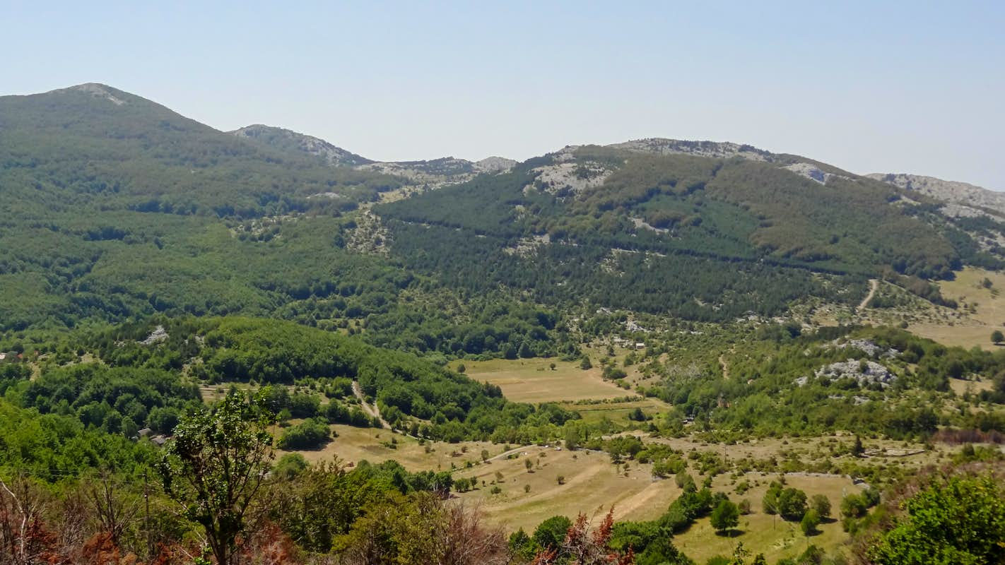 Velebit landscape near oltari photos diagrams topos for Nearby landscapers