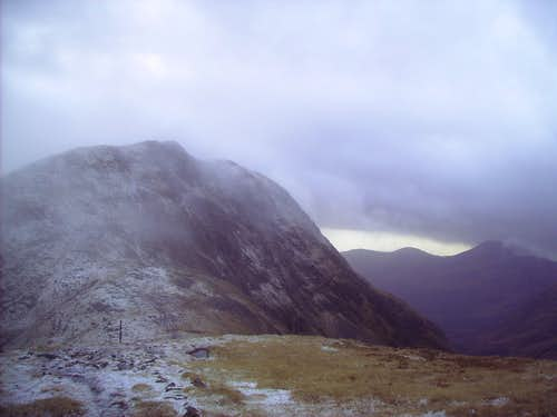 Sgor na h-ulaidh from the north ridge