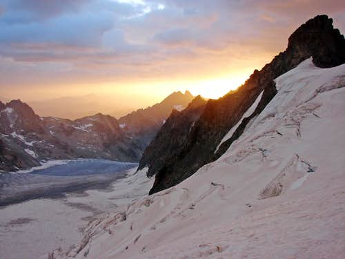 Dawn over Glacier Blanc