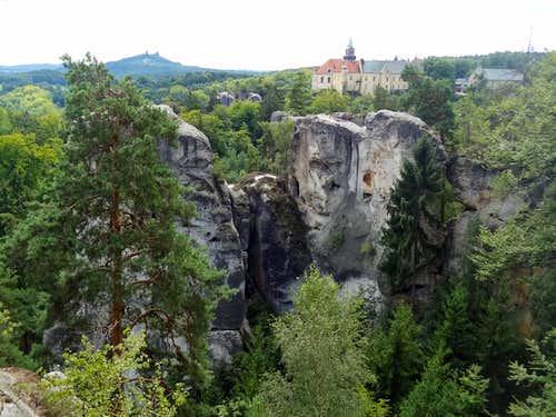 Hrubá Skála castle from Mariánská vyhlídka