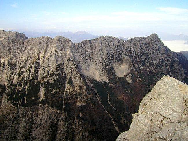 The long Ponce ridge from...
